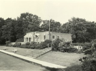Black and white image shwoing the rebuilt music pavilion | Bromley Local Studies and Archives