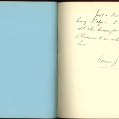 Double page from Nurse Harvey's autograph album showing a handwritten entry made by an injured soldiers | Courtesy of the Imperial War Museum
