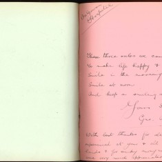 Double page from Nurse Harvey's autograph album showing a handwritten entry made by an injured soldier | Courtesy of the Imperial War Museum