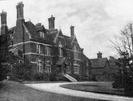 Shows house and drive | Bromley Historic Collections
